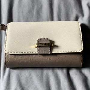 Lodis Crossbody with card slots